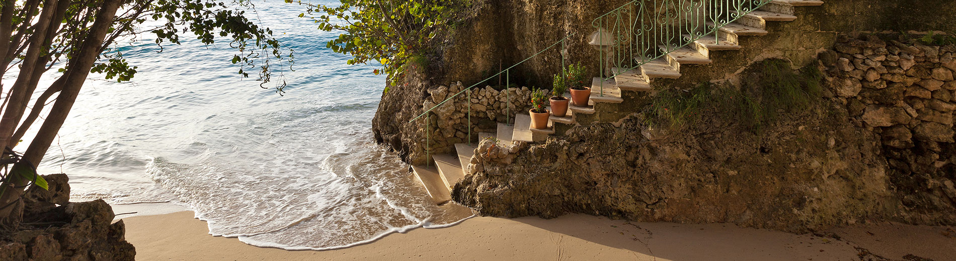 Home - Crystal StairsToBeach 1900x520