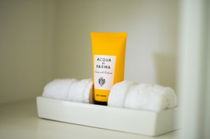 Acqua di Parma amenities provided in every bathroom